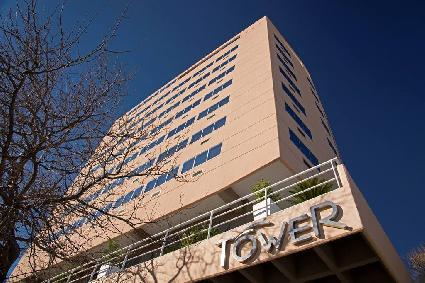 HOTEL TOWER INN & SUITES